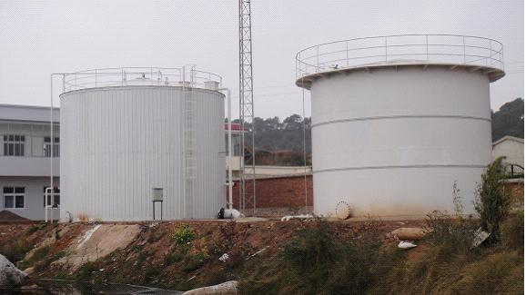 有机肥沼气工程的典型:师宗海利食品有限责任公司良种猪繁育基地沼气工程